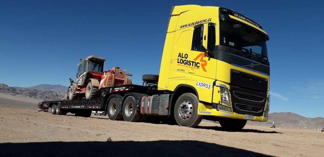 ALO Logistic traslada Manipuladores Telescópicos ALO Lift by Faresin 17.40 a proyectos mineros en Copiapó